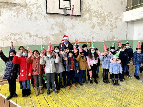 Մանուկներու Սուրբ Ծննդեան Ձեռնարկը Գետամէջի մէջ