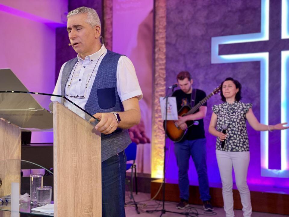 Healing Service in Abovyan